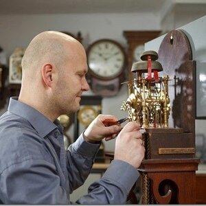 Horlogerie Raymond van Dijen image 3