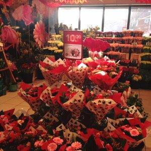 DEEN Supermarkt image 3
