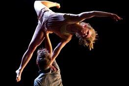 Dans/acrobatiekvoorstelling Engel in Theater De Verbeelding