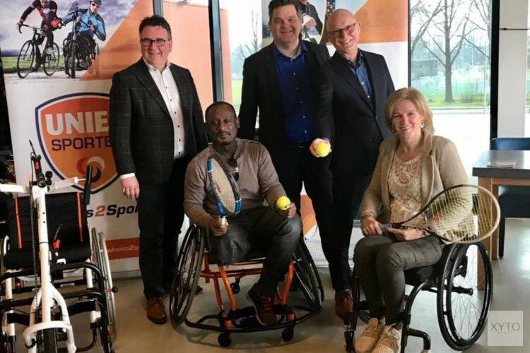Uitreiking sportrolstoel aan eerste klant Wheels2Sport in Purmerend
