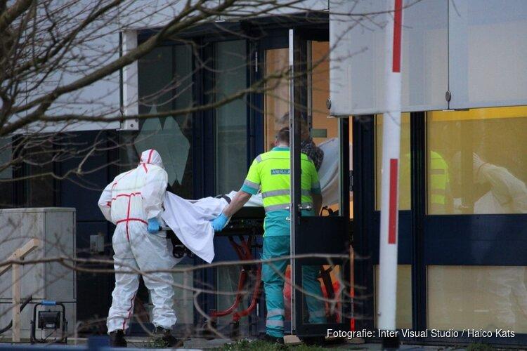 Patiënt onder beschermende maatregelen naar Dijklander Ziekenhuis gebracht