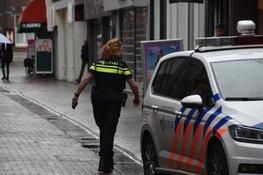 Gewapende overvallers in PostNL-jas en met mondkapje op de vlucht in Purmerend