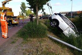 Auto te water na botsing in Noordbeemster