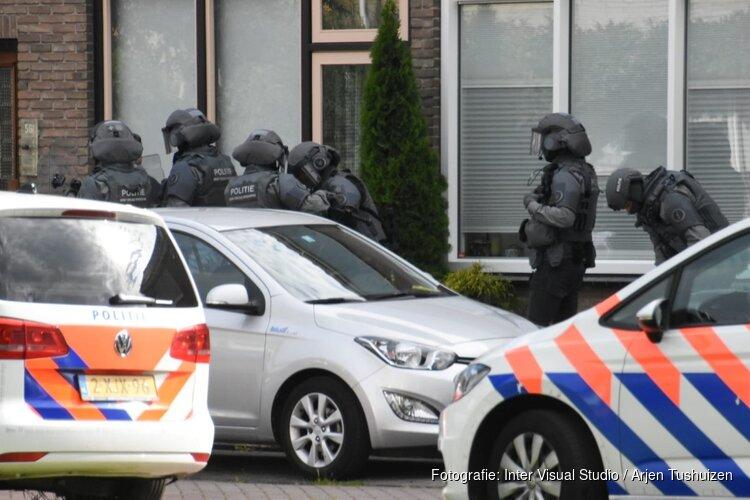 Arrestatieteam valt woning Purmerend binnen