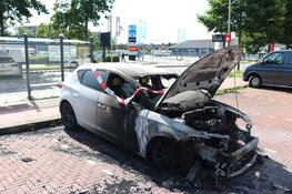 Auto in brand in Purmerend