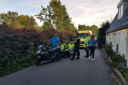 Scooterrijders botsen frontaal op Oudelandsdijkje