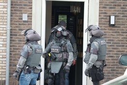 Arrestatieteam valt huis binnen in Purmerend