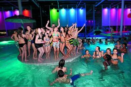 Muziekfeest AquaDisco! in Leeghwaterbad