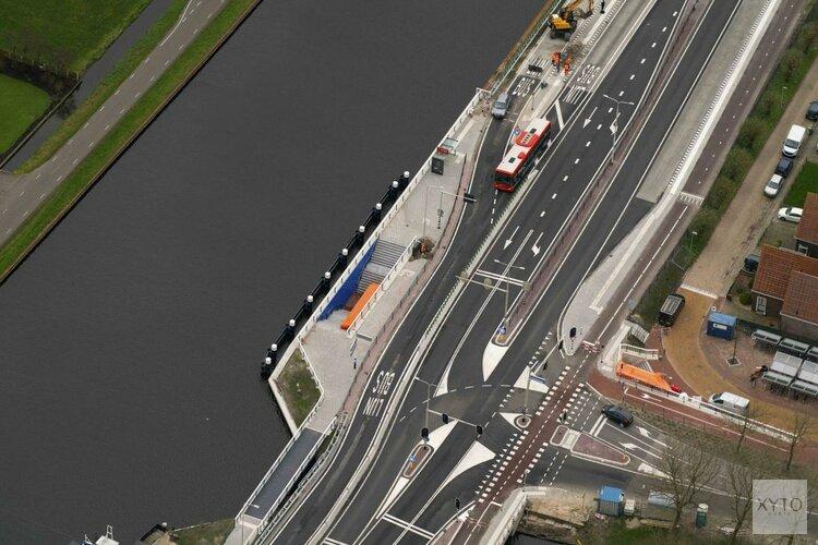 Spitsbusbaan op de Jaagweg (N235) tussen Purmerend en Ilpendam officieel geopend