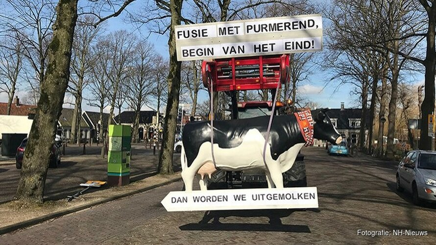 Boer start ludieke actie tegen fusie gemeente Beemster en Purmerend