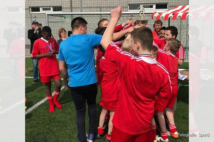 Voetbaltoernooi Molencup voor speciaal onderwijsscholen Noord-Holland
