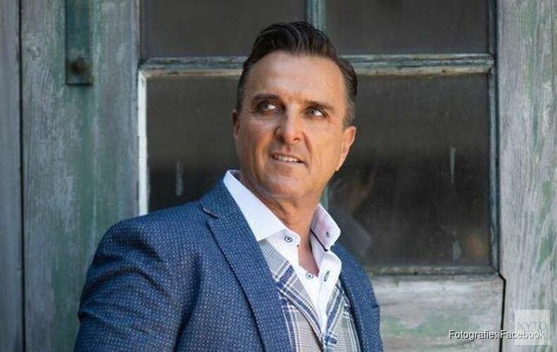 Volkszanger Mick Harren onder voorwaarden op vrije voeten