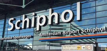 Beveiligers Schiphol gaan 24 uur staken