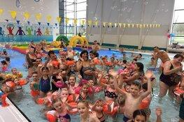 Leeghwaterbad begint tweede paasdag met Ukkies PaasDuik