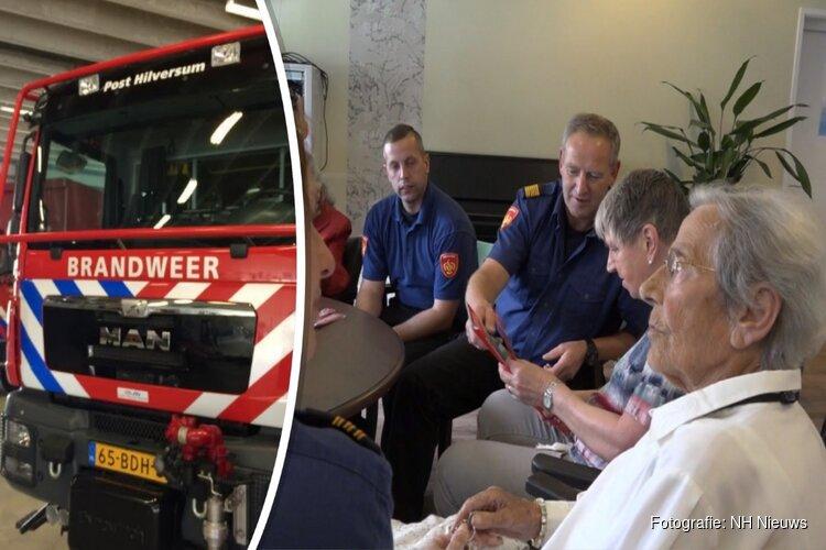 Brandweer bestrijdt zomerse eenzaamheid bij bejaarden met voorlichtingsbezoekjes